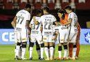 Com 11 times diferentes no Brasileirão, Corinthians chega perto de 40 atletas usados no ano