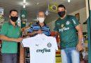 """Site avelaresportes.com e Mercearia São José entregam """"camisa oficial"""" do Palmeiras"""