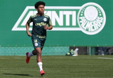 Dono da camisa 9 do Palmeiras na Libertadores é do Equador e tem inspiração familiar no futebol