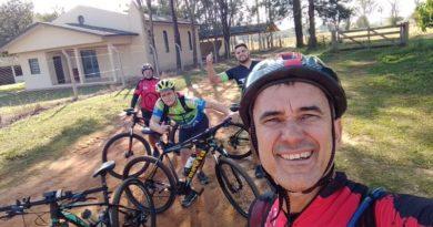 """Pedal de 51,3 km em 2h50 da """"Tribo do Pedal"""""""